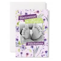 Carte double Naissance : photo de mains tenant pieds de bébé