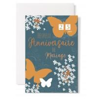 Carte double Anniversaire de Mariage : Papillons et fleurs sur fond vert