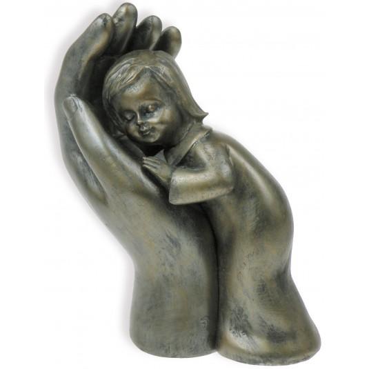 Figurine enfant dans main couleur bronze 10cm