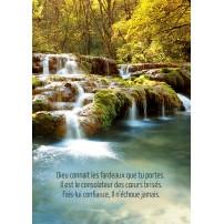 CARTE PENSEE : Petites cascades sur une rivère