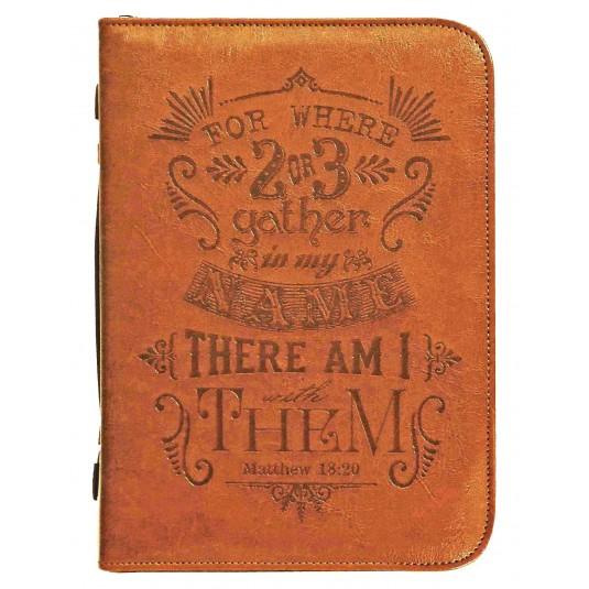 Housse Bible cuir gravée large, Mat. 18 v 20, 17, 8x25, 4x5 cm