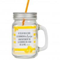 Tasse à boire rustique avec poignée, couvercle en métal et paille jaune