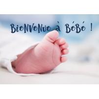 Carte Avec Message Pied de bébé sur une couverture