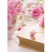 CARTE VB : Bouquets de fleurs roses et ancien livre