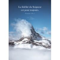 Carte Avec Verset Sommet d'une montagne au-dessus des nuages