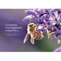 Carte Citation Abeille butinant des fleurs violettes